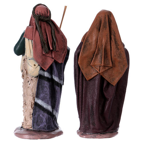 Traveller and woman with jar for Nativity scene in terracotta, Spanish style 14 cm 4
