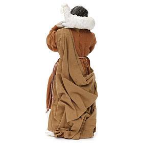 Pastor con oveja sobre las espaldas resina coloreada 30 cm s4