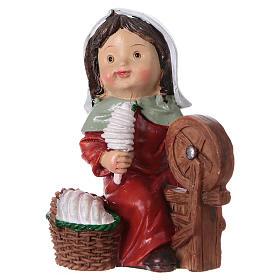 Statuina filatrice di lana 9 cm per presepi linea bambino  s3