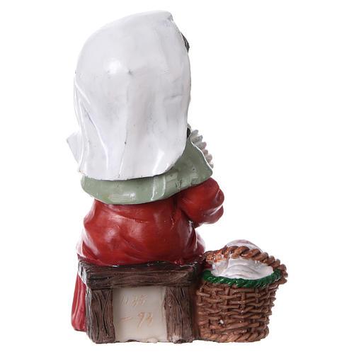 Statuina filatrice di lana 9 cm per presepi linea bambino  4