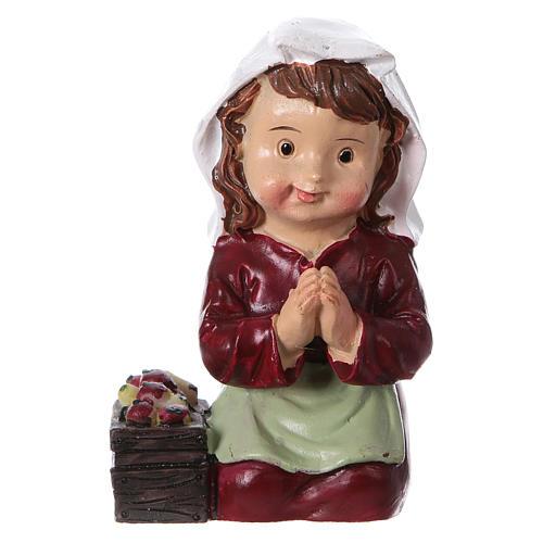 Santon paysanne qui prie pour crèche 9 cm gamme enfants 1
