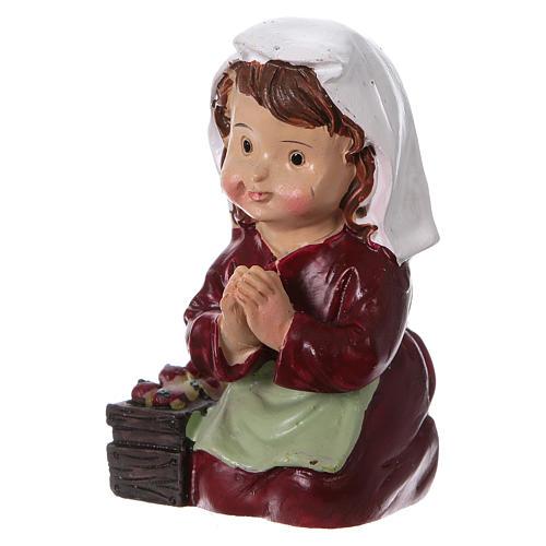 Santon paysanne qui prie pour crèche 9 cm gamme enfants 2