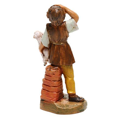 Joven con oveja en brazos Fontanini para belén de 10 cm 4