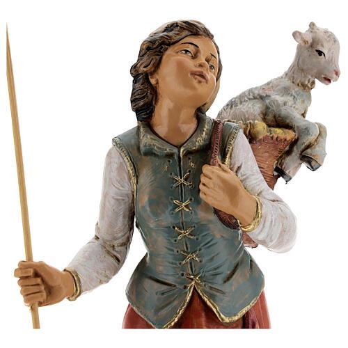 Mujer con cuévano y oveja Fontanini 30 cm 2