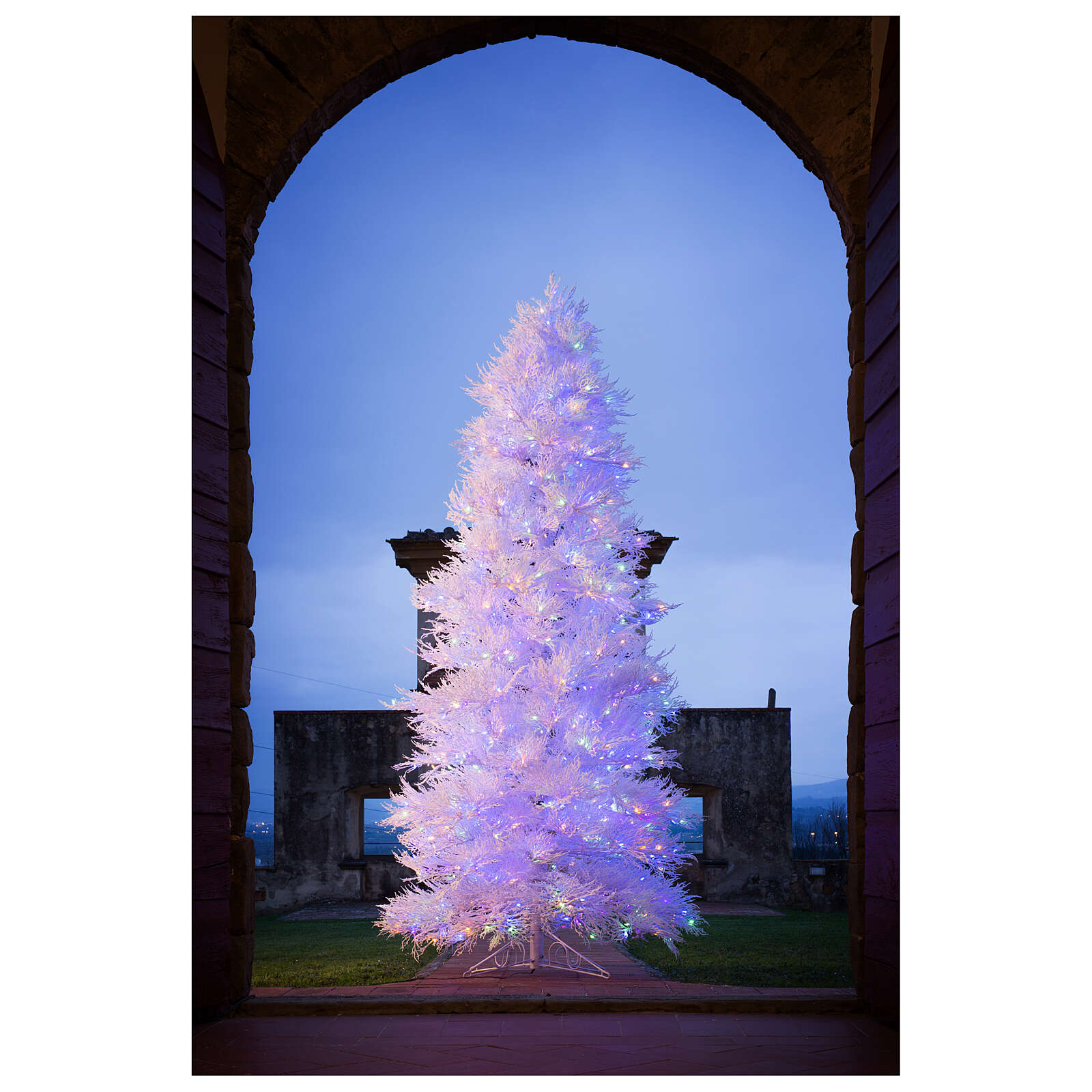 STOCK Winter Glamour Christmas tree 340 cm 1200 red LEDs outdoor 3