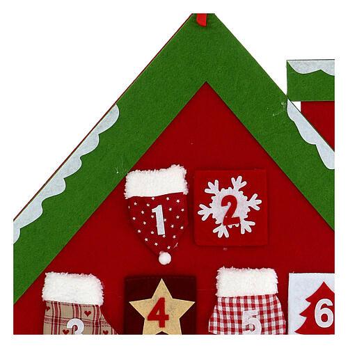 Calendario Avvento casetta rossa stoffa 2