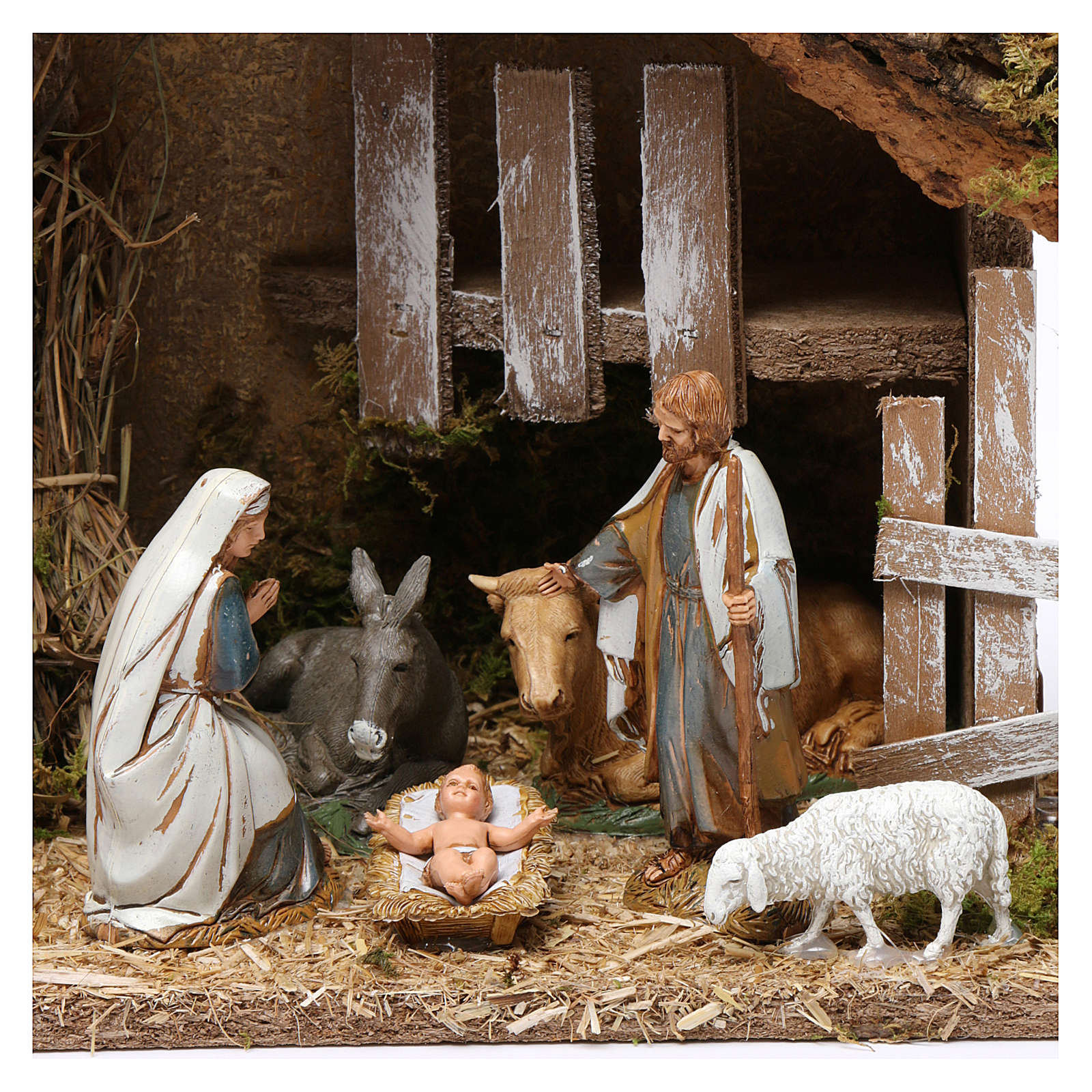 Hut with Holy Family and fountain 20x30x20 cm with complete Nativity Scene 4