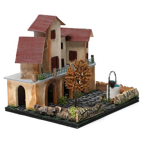 Borgo con piazza, pozzo, albero e porticato 25X25X20 cm per presepe 3