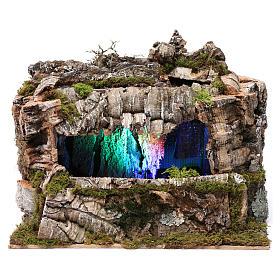 Grotta con torrente e gioco di luci 30X30X20 cm per figure 10-13 cm s1