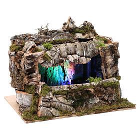 Grotta con torrente e gioco di luci 30X30X20 cm per figure 10-13 cm s3
