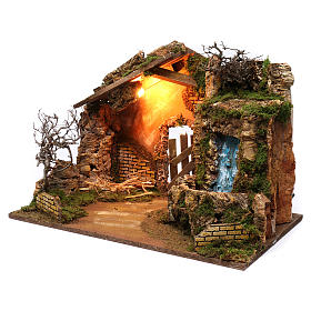 Cabane avec cascade électrique avec pompe et lumière pour crèche 45x60x35 cm s2