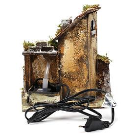 Fontaine avec pompe et maison pour crèche 25x20x15 cm s4