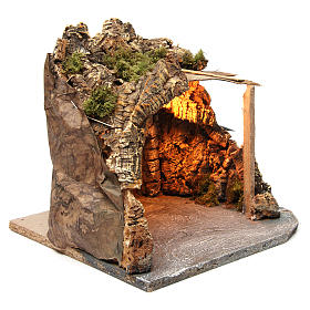 Illuminated stable with wooden porch and cork for Neapolitan Nativity Scene 25x28x25 cm s3