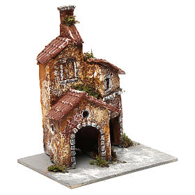 Three-house structure in resin on wooden base for Neapolitan Nativity Scene 20x15x15 cm s3