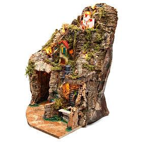 Village crèche d'angle avec fontaine 30x30x40 cm pour figurines 8-10 cm s2