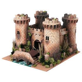 Castillo con puente levadizo en movimiento 40x50x60 cm s2