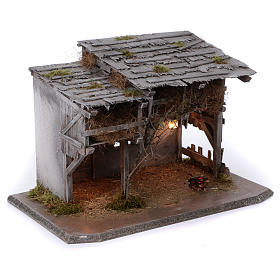 Étable modèle Luhe en bois lumières et feu pour crèche 14-15 cm s3