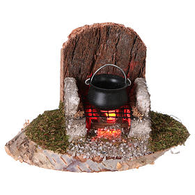 Pot on a fire with flickering light 6x8x6 cm for 8-10cm Nativity Scenes s1