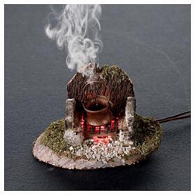 Pentola su fuoco con luce e generatore di fumo 6x8x6 cm per presepe 8 cm s2