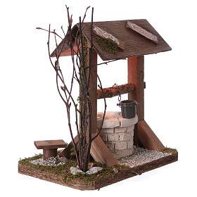 Pozzo tettoia in legno con luce e rami per presepe 12-15 cm s2