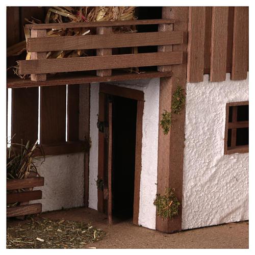 Stajenka styl nordycki z poddaszem widocznym i pomieszczeniem 34x59x30 cm do szopki 13 cm 2