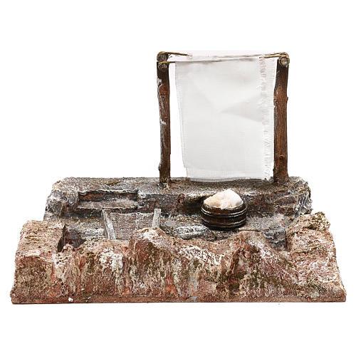 Lavanderia con panni presepe 12 cm ambientazione 15x25x15 cm 1