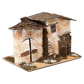 Casetta in stile rustico con 2 ingressi 15x20x15 per presepi di 7 cm s3