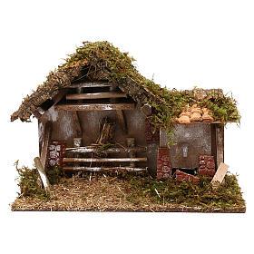 Cabanas e Grutas para Presépio: Cabana com fontário e fenil para presépio com figuras de 10 cm de altura média