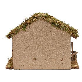 Cabaña para belén de madera y corcho 25x35x15 cm s4