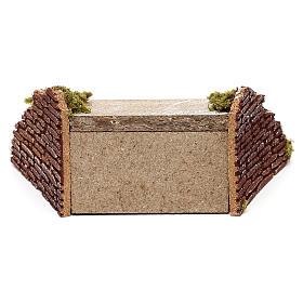 Escalera de madera con musgo para belén 5x20x15 cm s4
