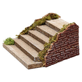 Miniature wooden staircase with moss for nativity, 5x20x15 cm s3