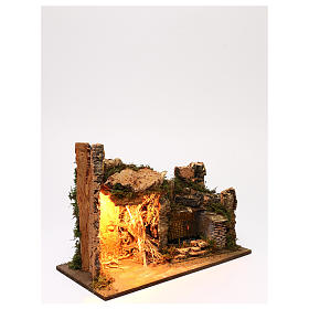 Ambientazione illuminata capanna fontana laterale muratura 35x50x25 cm presepi 9 cm s3
