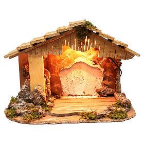 Capanna illuminata sfondo bianco tetto spiovente 35x50x25 cm presepi di 7 cm s1