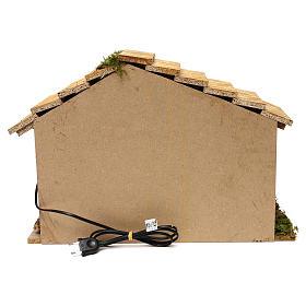 Capanna illuminata sfondo bianco tetto spiovente 35x50x25 cm presepi di 7 cm s4