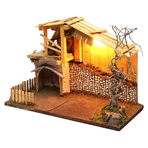 Nordic style hut with fence and lighting for Nativity scenes of 13 cm 30x40x20 cm 3