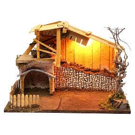 Cabane style nordique avec enclos éclairage crèche de 13 cm 30x40x20 cm s1
