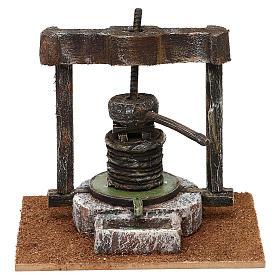 Torchio resina e legno presepe 10 cm 15x15x10 cm s1