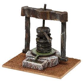 Torchio resina e legno presepe 10 cm 15x15x10 cm s2