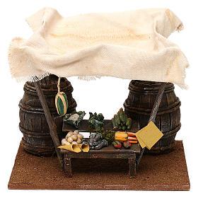 Ambientações para Presépio: lojas, casas, poços: Banca vendedor de frutas barris e tenda 20x20x15 cm para presépio com figuras de 12 cm de altura média