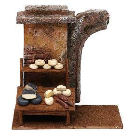 Ambientazioni, botteghe, case, pozzi: Ambientazione banco formaggi 20x25x10 cm per presepi di 12 cm