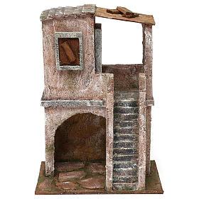 Casetta disposta su 2 piani comunicanti di 30x20x15 cm per presepe 10 cm s1