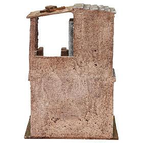 Casetta disposta su 2 piani comunicanti di 30x20x15 cm per presepe 10 cm s4