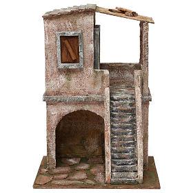 Casetta disposta su 2 piani comunicanti di 34x25x18 cm presepe 12 cm s1