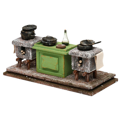 Kitchen with desk and pots for Nativity scene, 10x20x10 cm 2