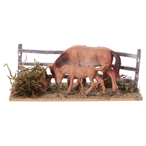 Recinto con cavalli 5x10x10 cm 1