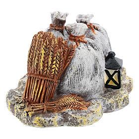 Décor avec sacs et lanterne en résine bricolage crèche 8-10 cm s3