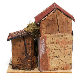 House with fountain for Nativity scene 20x20x15 cm s4