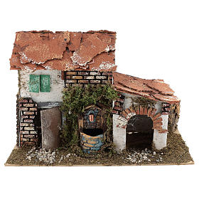 House with fountain for Nativity scene 20x30x20 cm s1