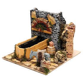 Scène fontaine électrique et âne crèche 10 cm s2
