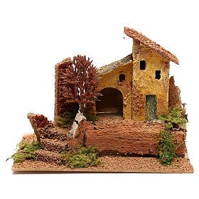 Ferme avec arbre automnal pour crèche de 6 cm s1